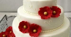 Torturi de nunta, bijuterii dulci pentru clipe memorabile!