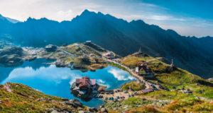 5 obiective turistice pe care trebuie să le vizitezi dacă vii în România