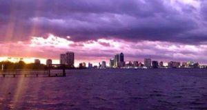Cerul în Florida cu nuanțe din poveste